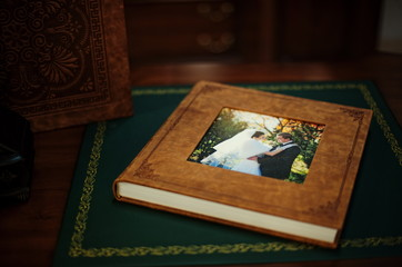 Brown natural leather classic wedding photobook and album