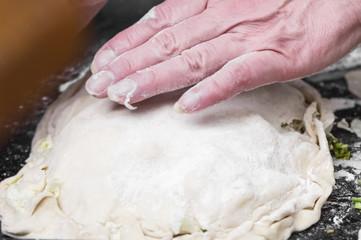 Hand to prepare dough