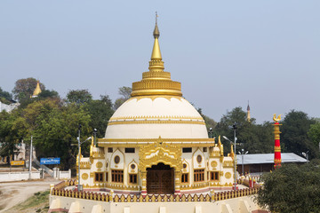 This Pagoda has the best view of Sagaing hill near The Ayeyarwaddy river from Inwa bridge