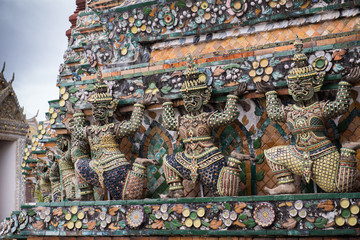 Details of Wat Arun Temple statue, Bangkok, Thailand 6