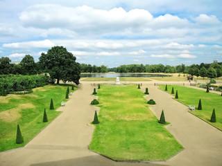 Park vom Kensington Palace in London