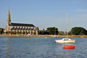 Eglise, bateaux, Riantec