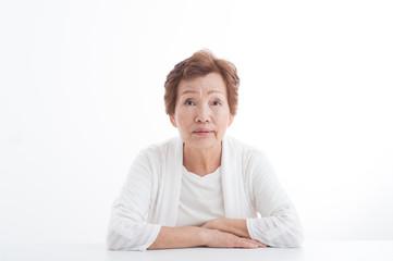 高齢者女性のポートレート