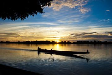 Foto op Aluminium Rivier Tramonto sul fiume Sepik, Papua Nuova Guinea