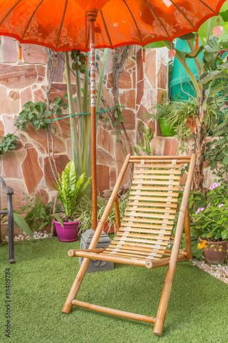 coin d tente au jardin sous parasol marocain photo libre de droits sur la banque d 39 images. Black Bedroom Furniture Sets. Home Design Ideas