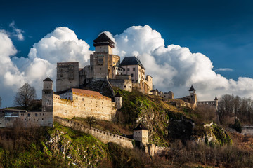 Fotobehang Kasteel Castle Trencin in Slovakia