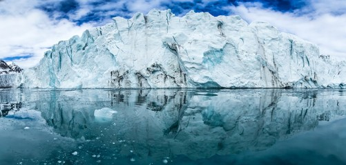 Arctic spring in south Spitsbergen Fototapete
