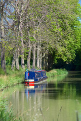 Canal du Midi in the town of Poilhes, near Beziers. Languedoc-Roussillon, France