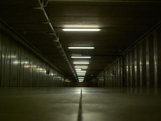 Box auto sotterranei a Milano, 2011.