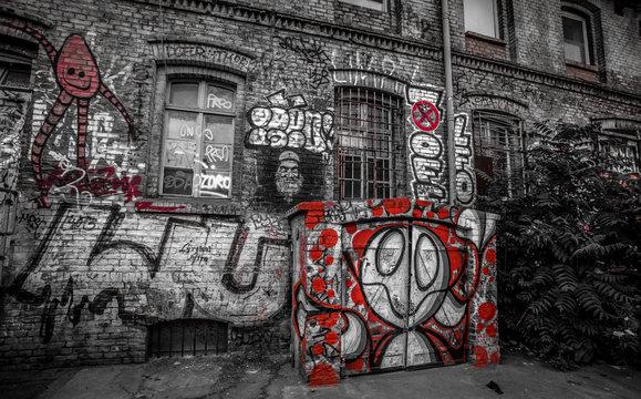 Graffiti in Berlin: RED