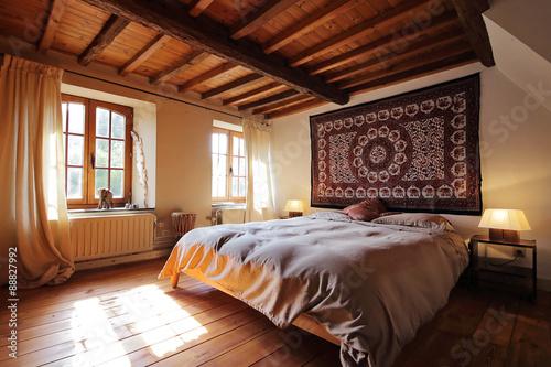 Chambre En Ardennes Avec Plafond En Bois Et Poutres Apparentes