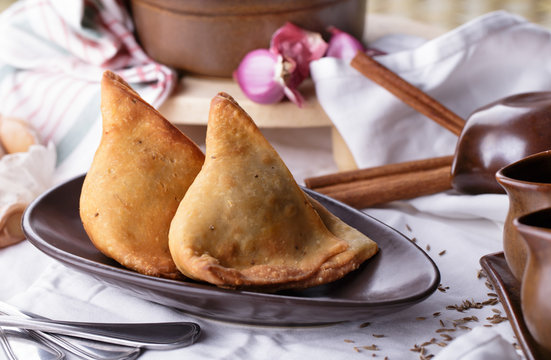 two pieces of indian samosa