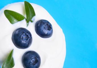 blueberries and yogurt