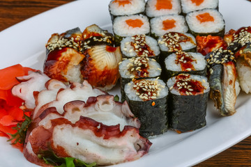 Sushi and roll set
