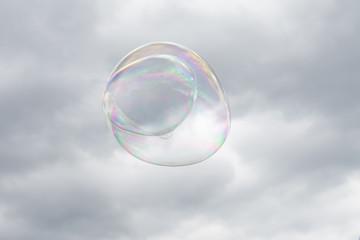 Bolle di sapone nel cielo