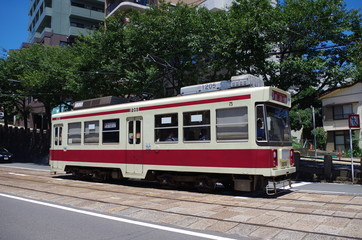 長崎電気軌道 赤帯の電車