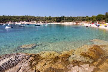Chorwacja wybrzeże w pogodny dzień