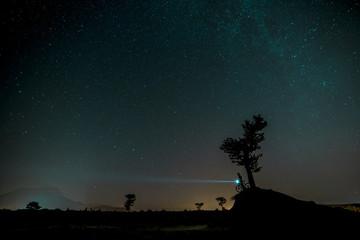 gece bisiklet ile keşif turu ve yıldızlar