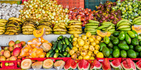 Bananas with Other Fruits and Vegetables