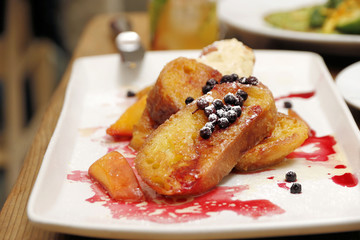 Food: French toast with fruit