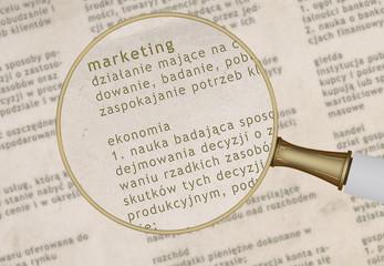 Marketing przez lupę