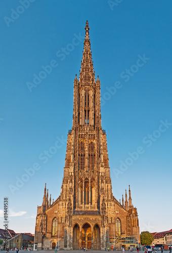 Das Ulmer Münster Mit Dem Höchsten Kirchturm Der Welt Stockfotos