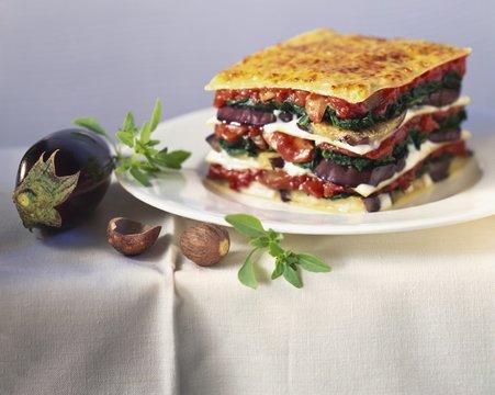 Vegetable lasagne with aubergines