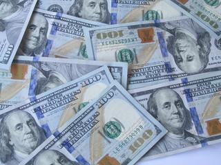 US$ 100 Dollar bills /  New hundred bills US .