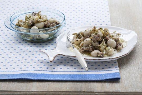 Seppioline al vino bianco (baby squid in a white wine sauce)