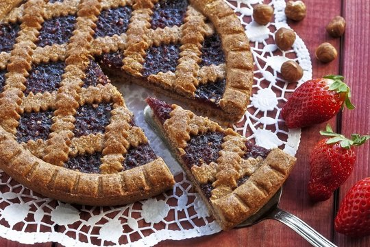 Linzer torte, a piece on server