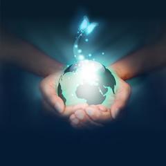 mani, mondo, pianeta, farfalla, luce