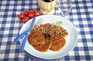 Zone diet (Seitan with tomato) with lentil