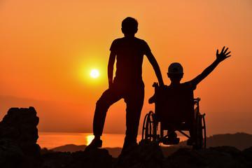 engelli için destek olmak ve yanında olmak