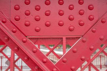 Detail Hintergrund einer roten Brücke