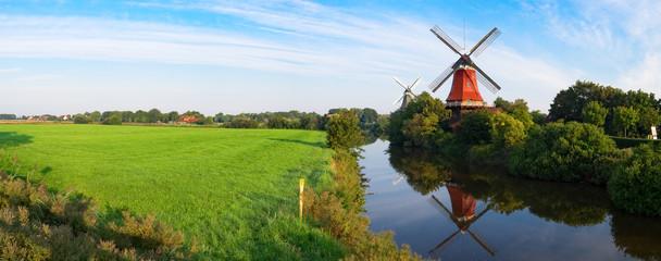 Fond de hotte en verre imprimé Moulins Zwillingswindmühlen von Greetsiel