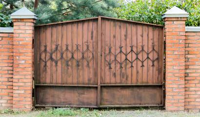 rusty garage doors