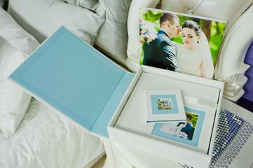 white and blue paspartu wedding photo book and album