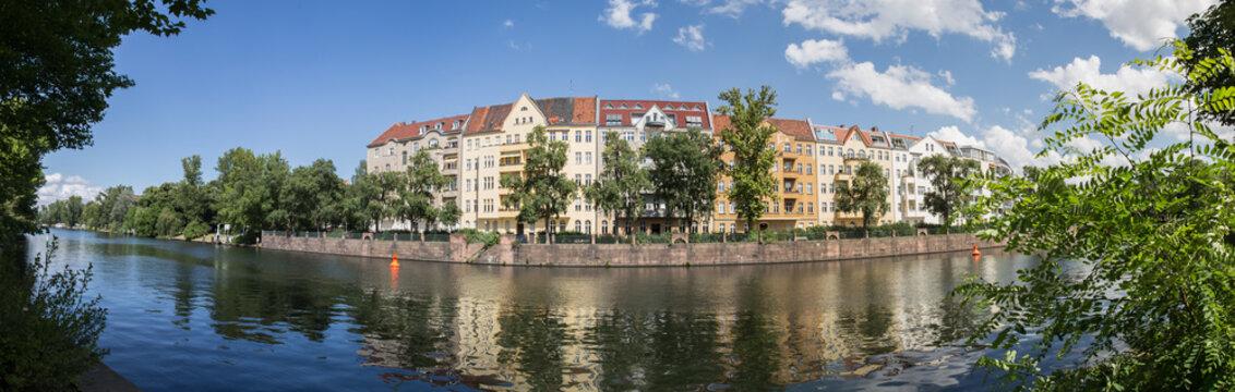 berlin spree river high resolution panorama