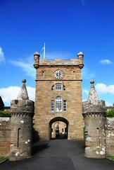 Ingresso del castello Culzean, in Scozia. Accesso agli edifici principali