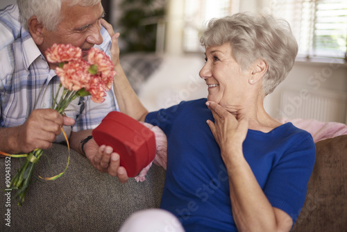 Идеи подарка для пенсионерам в