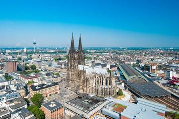 Kölner Dom im Sommer, Köln aus der Luft