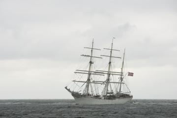 Tallship Statsraad Lehmkuhl vaart op de Noordzee