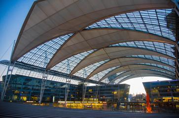 Munich Airport at sunset 夕暮れのミュンヘン国際空港