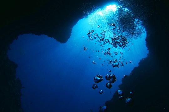 宮古島のダイビング ハート岩