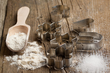 Dough, sugar and cookie cutters