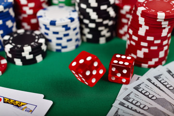 falling poker dice