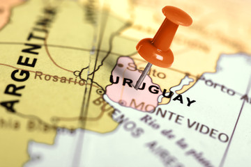 Photo sur Aluminium Amérique du Sud Location Uruguay. Red pin on the map.