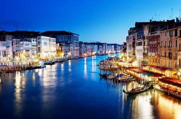 Obraz Kanał Grande o zachodzie słońca, Wenecja, Włochy - fototapety do salonu