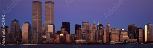 Wall mural Panoramic view of lower Manhattan and New York City skyline, NY with World Trade Towers at sunset