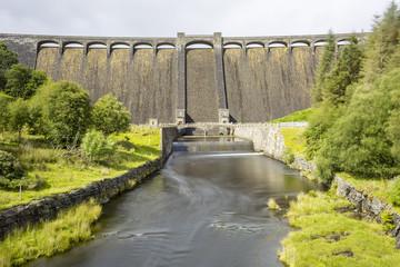 Foto auf Acrylglas Damm Claerwen Dam, Elan Valley, Wales, UK. Long exposure